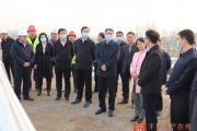 平舆县领导就重点项目建设进行现场办公